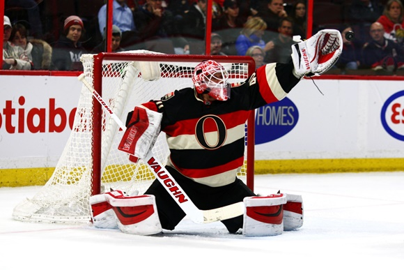 Photo: Robin Lehner has a career save percentage of .914 in the NHL through five seasons in Ottawa (three of them partial). (Courtesy of Jason Kopinski/Icon Sportswire)