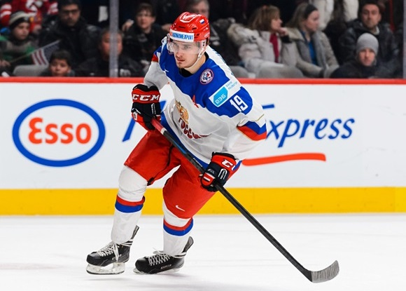 Photo: Pavel Buchnevich's six points helped Russia to a silver-medal finish at the 2015 World Junior Championships. (Courtesy of Minas Panagiotakis/Getty Images)